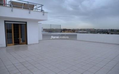 appartamento attico vista tetti #35