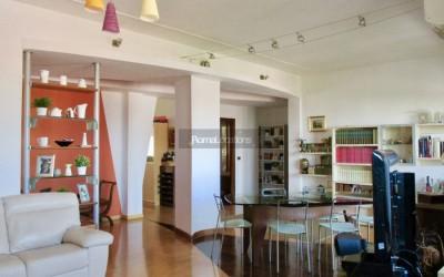Appartamento moderno #127
